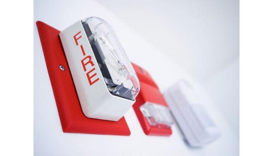 Sistem Proteksi Kebakaran di Apartemen Harus Sesuai Standar